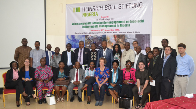 Grp pic for Heinrich Boell Foundation ULAB Workshop 23rd Nov. 2016 Abuja.1